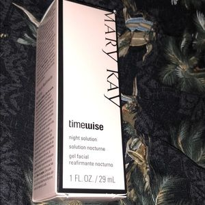 Mary Kay Timewise night solution